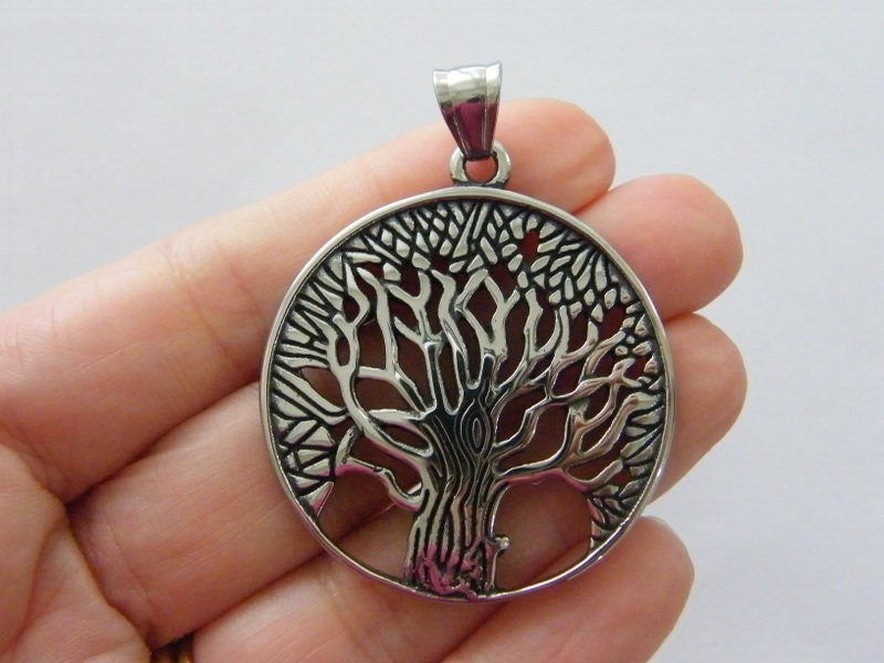 1   Tree of life pendant antique silver tone stainless steel T148