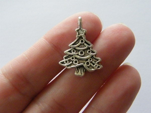 6 Christmas tree charms antique silver tone CT2