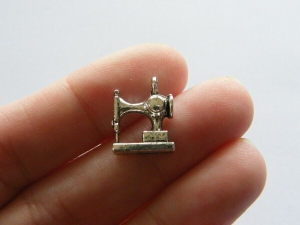 6 Sewing machine charms antique silver tone P523