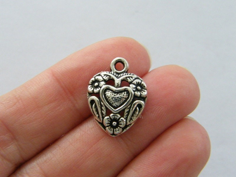 8 Heart charms antique silver tone H11