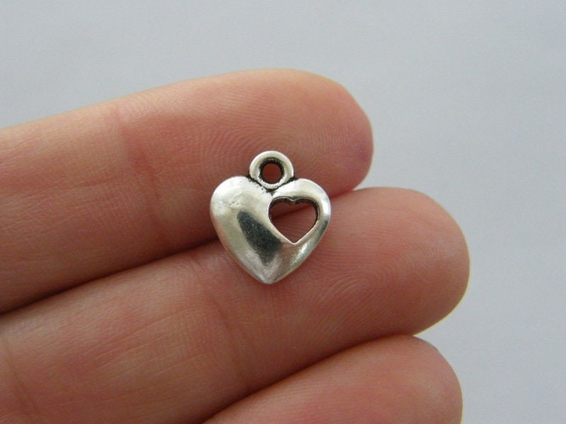 8 Heart charms antique silver tone H243