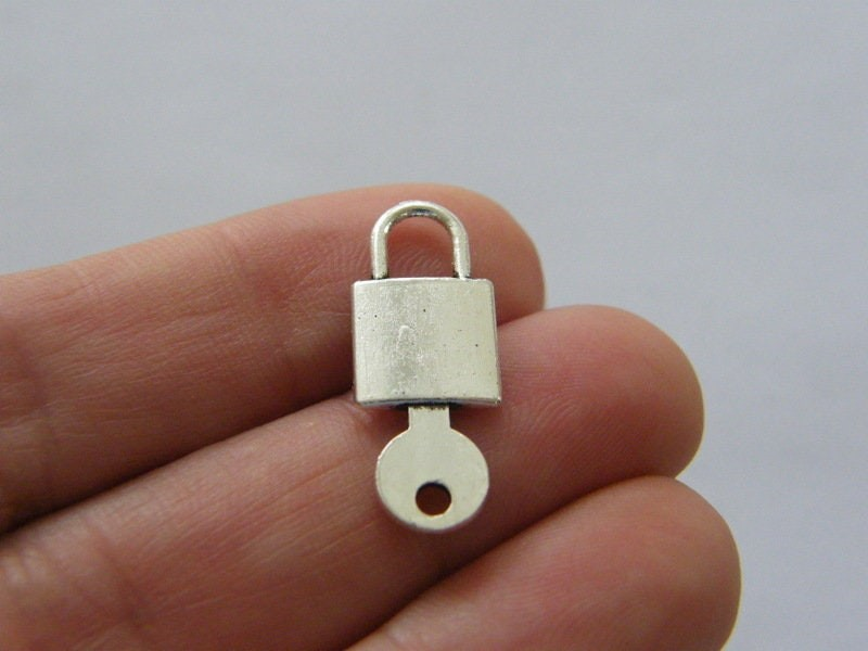 BULK 50 Lock and key charms antique silver tone K6
