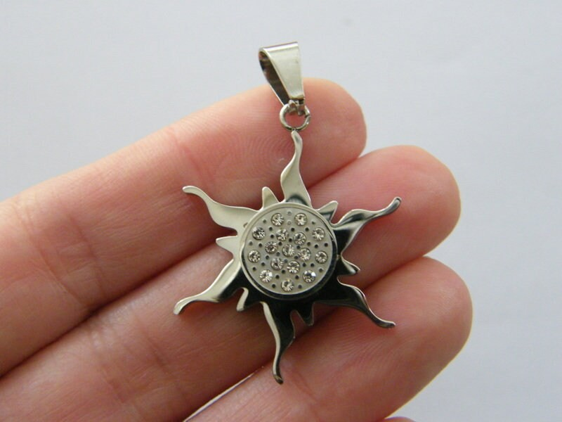 1 Sun rhinestone pendant silver tone stainless steel S119