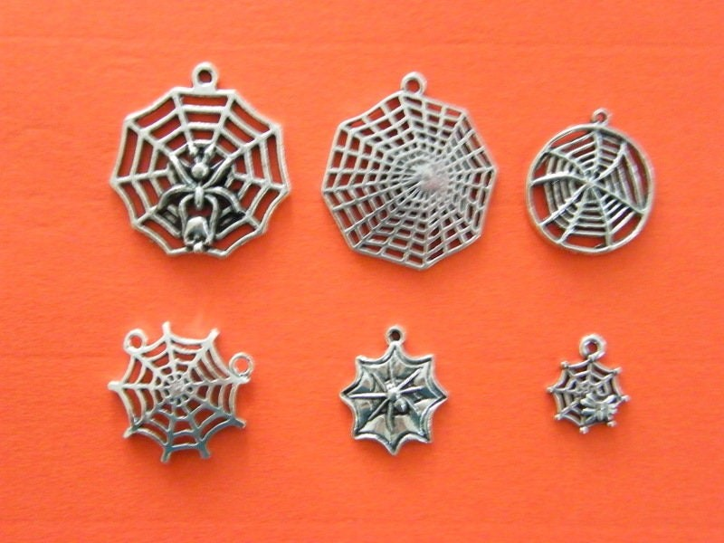The Spiderweb collection - 6 different antique silver tone charms