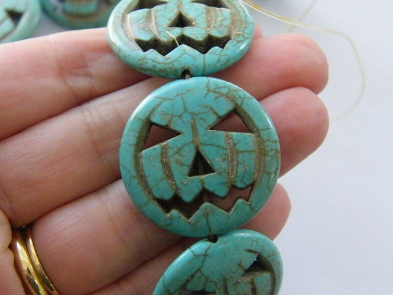13 Blue pumpkin jack o lantern Halloween beads SK24