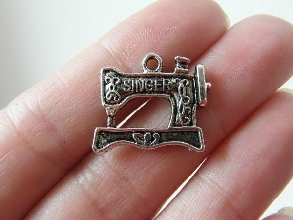 6 Sewing machine charms antique silver tone P513