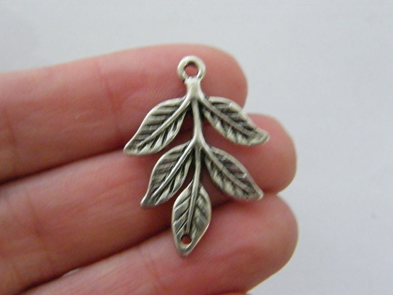 4 Leaf connector charms antique silver tone L93