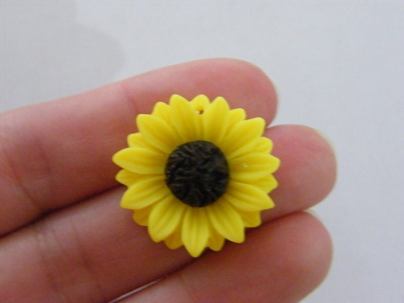 6 Sunflower flower pendants  yellow and brown tone F119