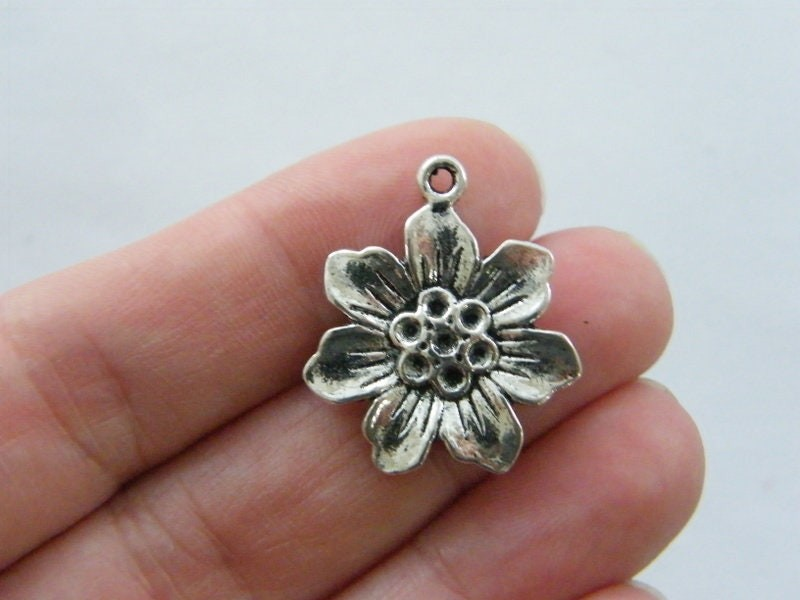 6 Flower charms antique silver tone F139