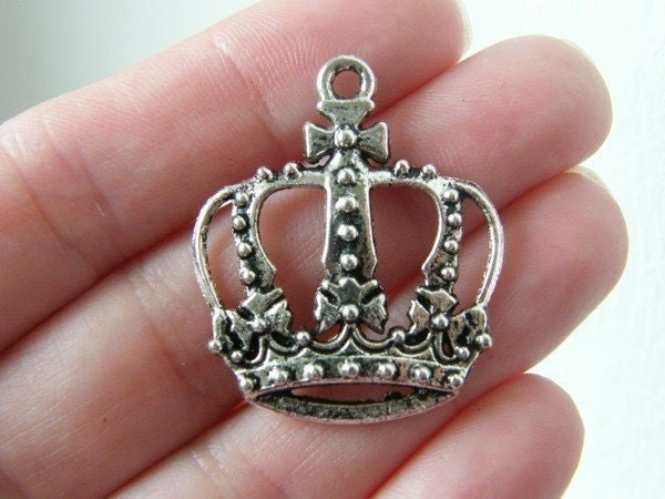 4 Crown pendants antique silver tone CA39