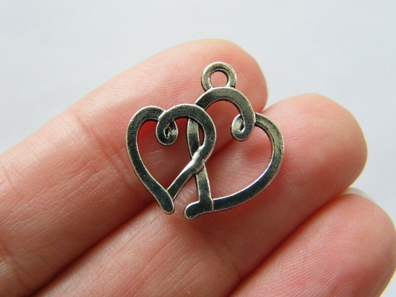 8 Hearts pendants antique silver tone H157