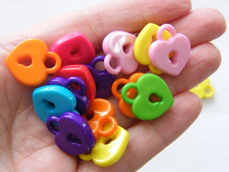 30 Lock charms random mixed acrylic K2
