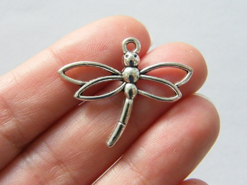 8 Dragonfly pendants antique silver tone A1104