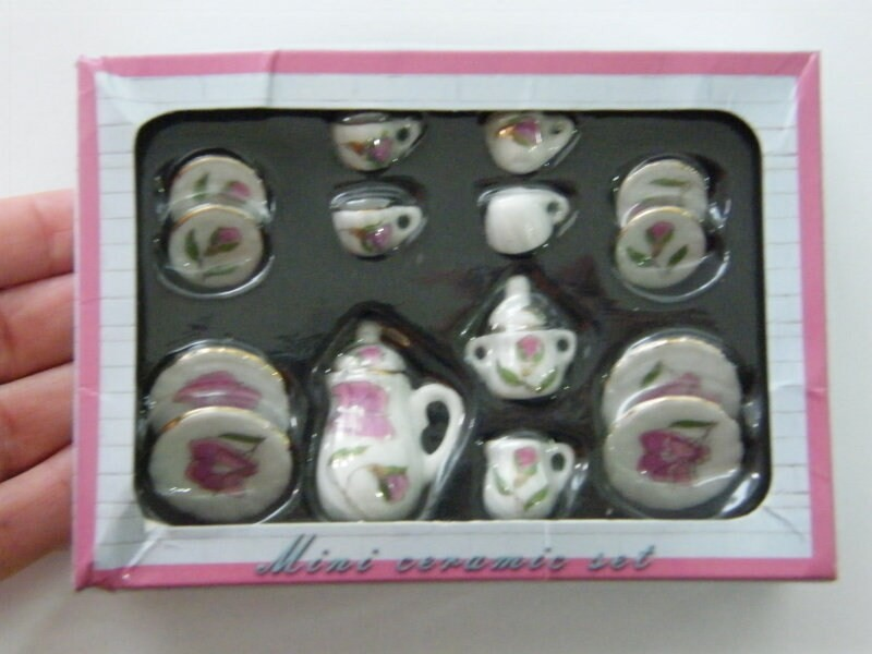1 White and gold pink flower porcelain tea set 03C