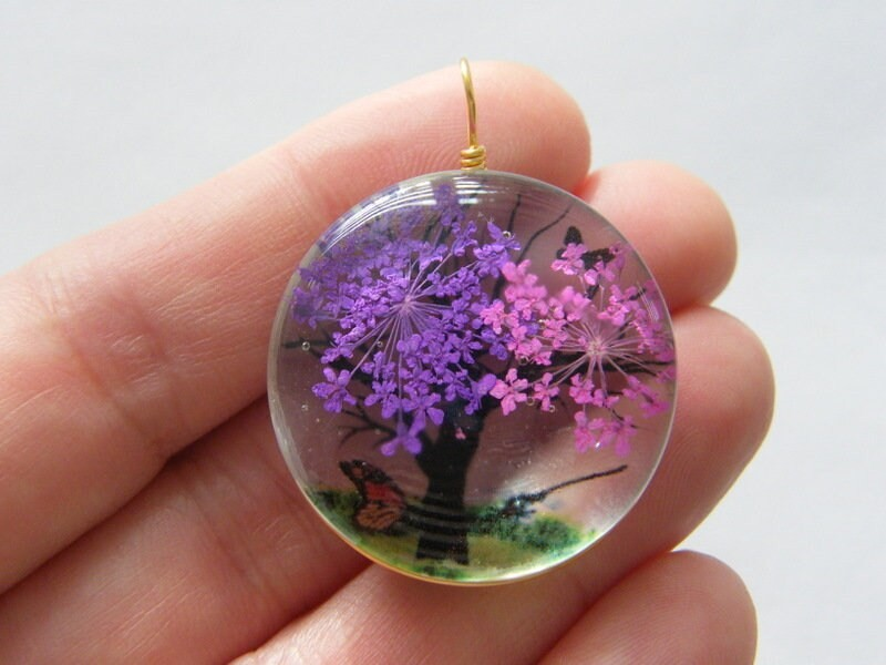 1 Tree scenery glass pendant gold  tone GC484