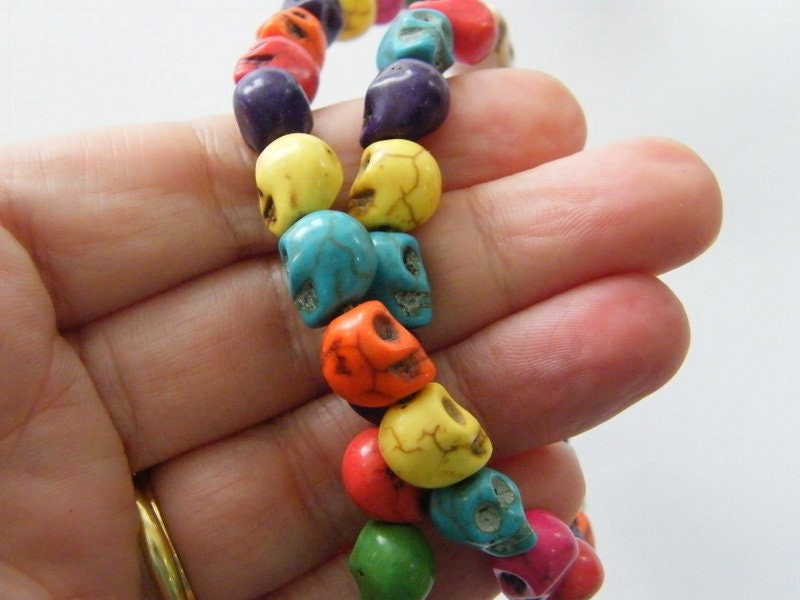 40 Mixed colours skull beads 10 x 8mm SK6