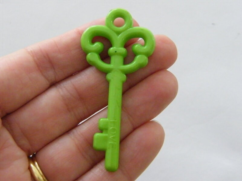 8 Green acrylic plastic key pendants