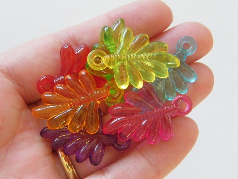 20 Leaf pendants random mixed acrylic L85