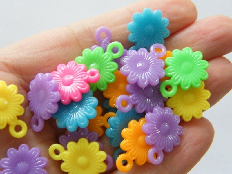50 Flower charms random mixed acrylic F340
