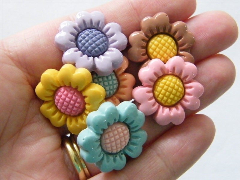 BULK 50 Flower cabochon embellishments random mixed resin F362