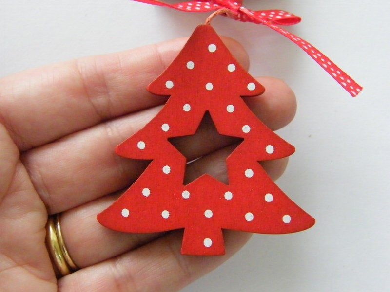 1 Christmas tree red and white dot embellishment CT