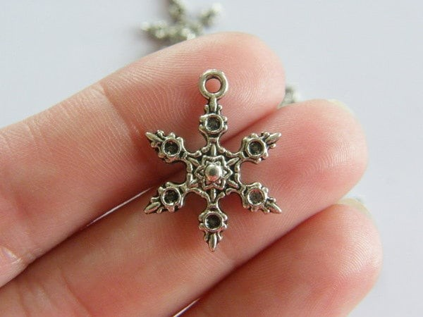 8 Snowflake Christmas charms antique silver tone SF2