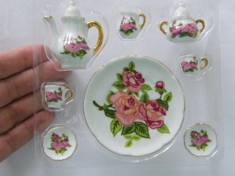 1 White and rose flower porcelain coffee tea set 05F