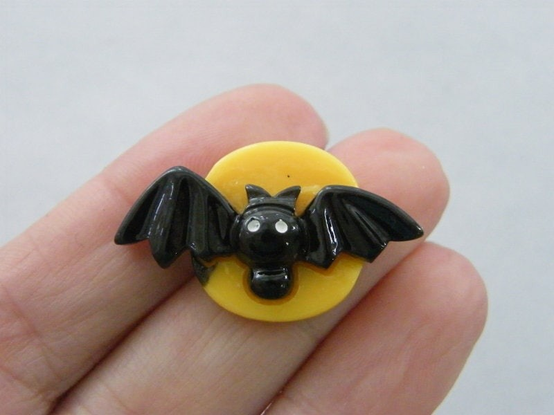 8 Moon bat embellishment cabochon resin HC318