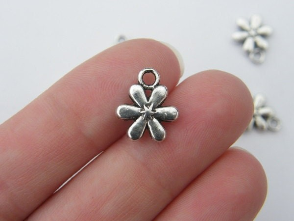 BULK 50 Flower charms antique silver tone F4