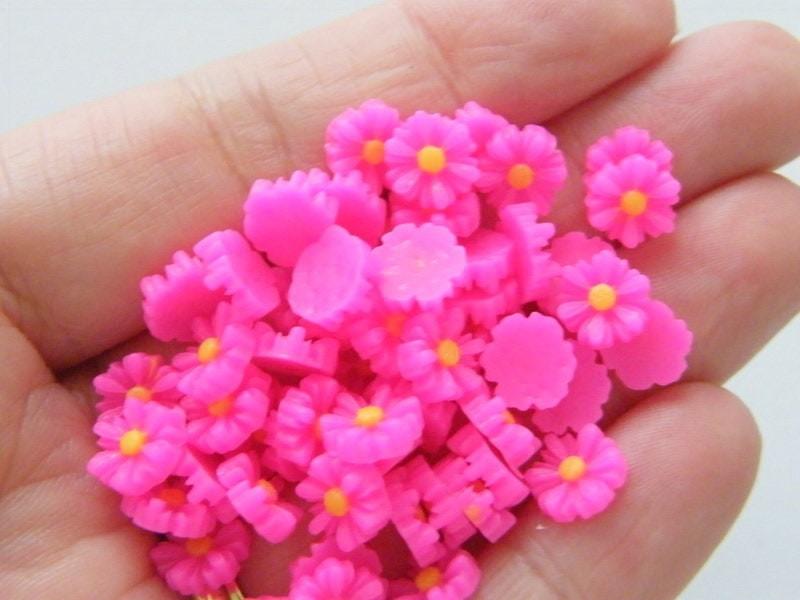 30 Flower daisy embellishment cabochons pink yellow resin F299