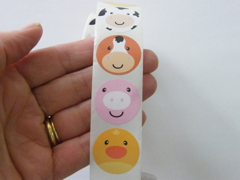 1 Roll 500 farm animal face stickers 25 x 25mmmm