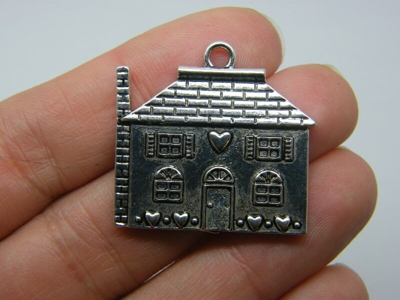 2 House pendants antique silver tone P479