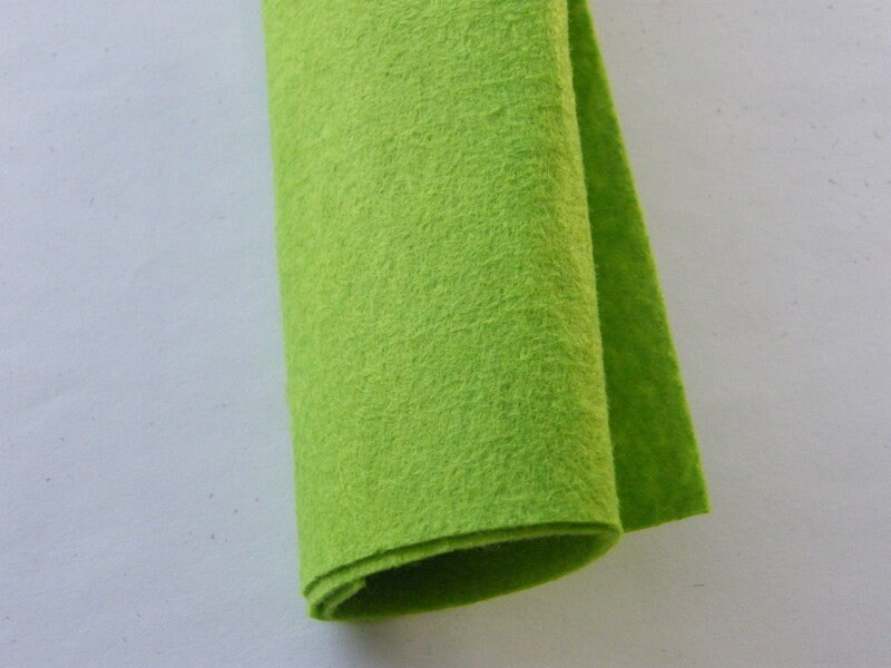 4 Grass green sheets square felt 30 x 30cm