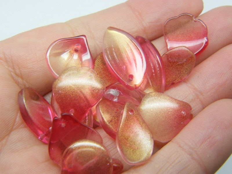 20 Flower leaf charms cranberry gold glitter dust mixed glass AB294