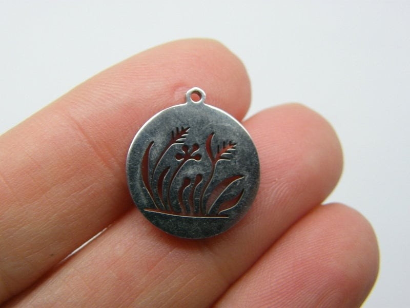 2 Grass cut out pendants silver tone stainless steel L116