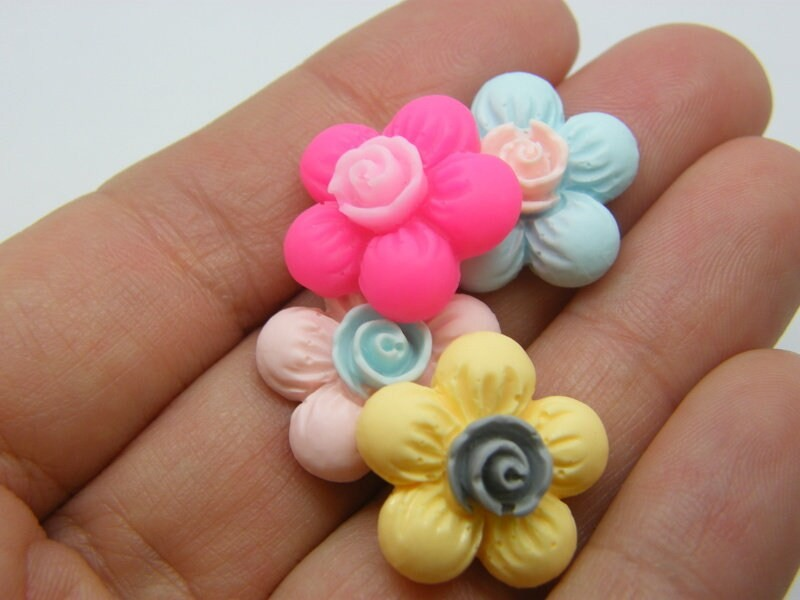 10 Flower embellishment cabochons random mixed resin F41