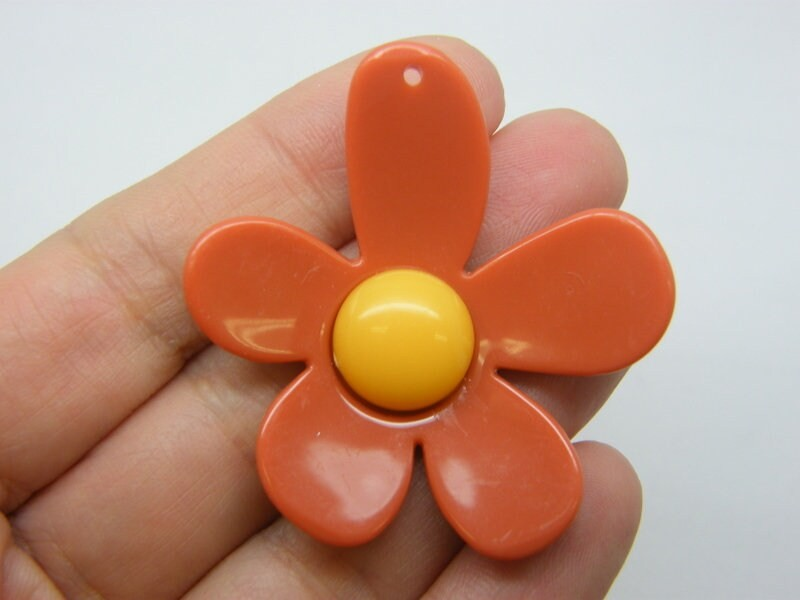 4 Flower pendants terracotta orange and yellow resin F32