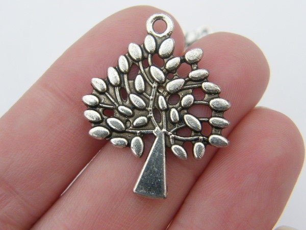 BULK 20 Tree charms antique silver tone T3
