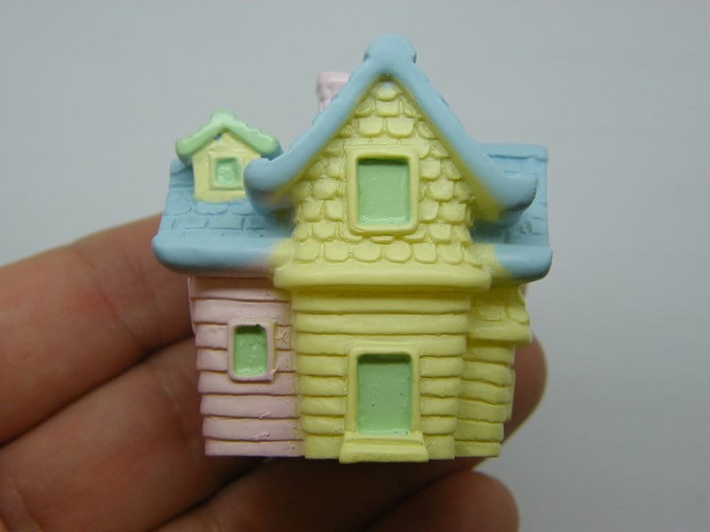1 House blue pink yellow miniature resin P24