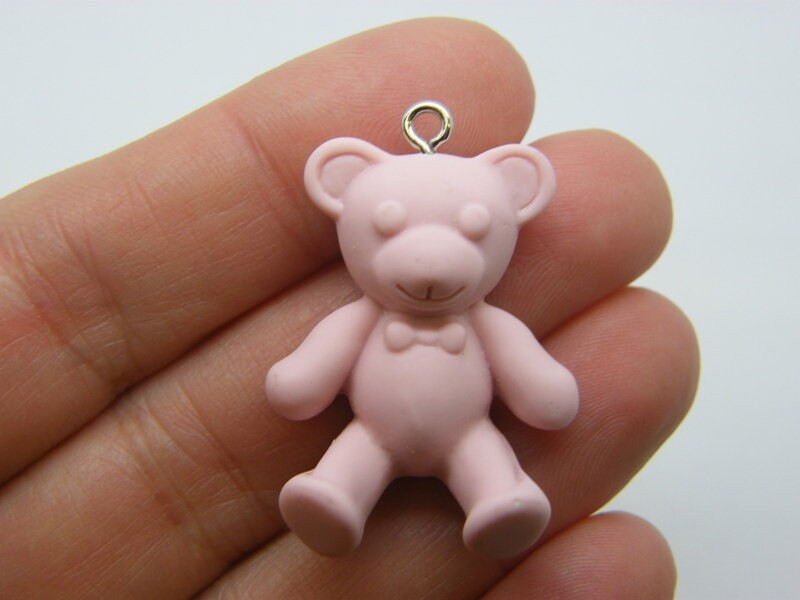 2  Teddy bear pendants pink resin P