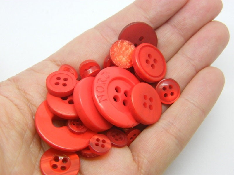 50 Red buttons assorted resin P671