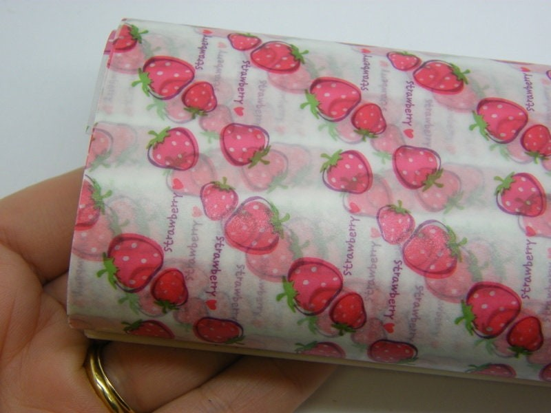 50 Sheets Strawberries greaseproof paper