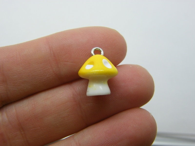 4 Mushroom yellow and white charms resin L353