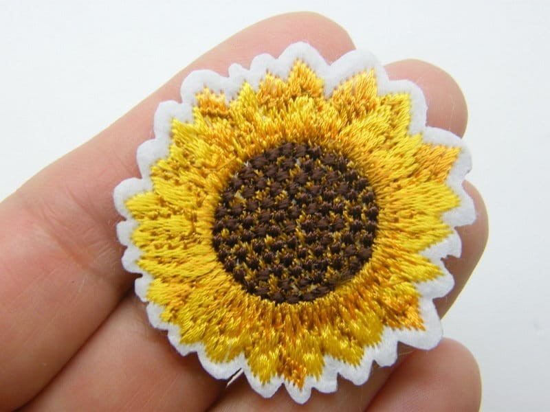 6 Sunflower patches white yellow embroidered fabric F511