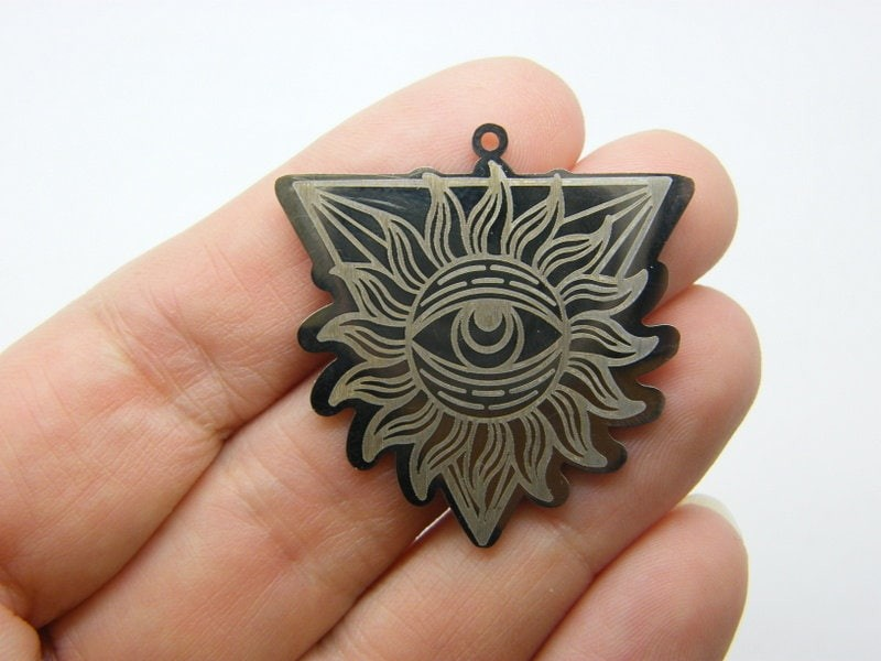 1  All seeing eye triangle pendant stainless steel HC521