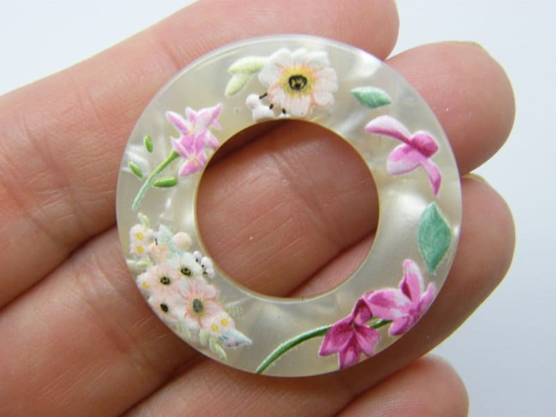 2 Flowers ring connector charm pendants resin F521