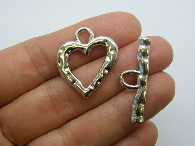 BULK 30 Heart toggle clasps silver tone FS114