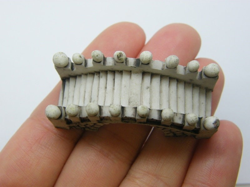 1 Bridge dollhouse miniature resin P530