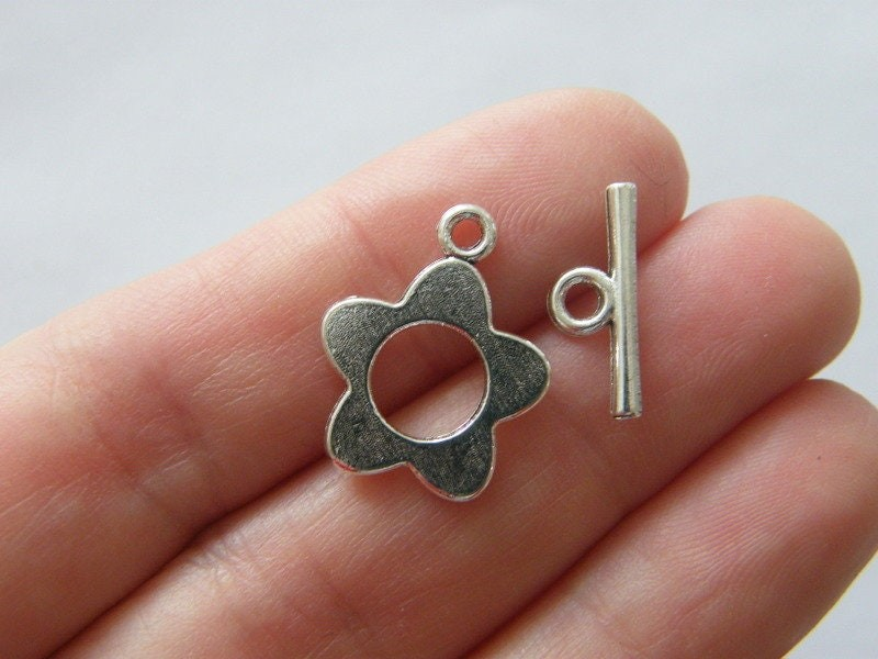 10 Flower toggle clasps silver plated tone FS12