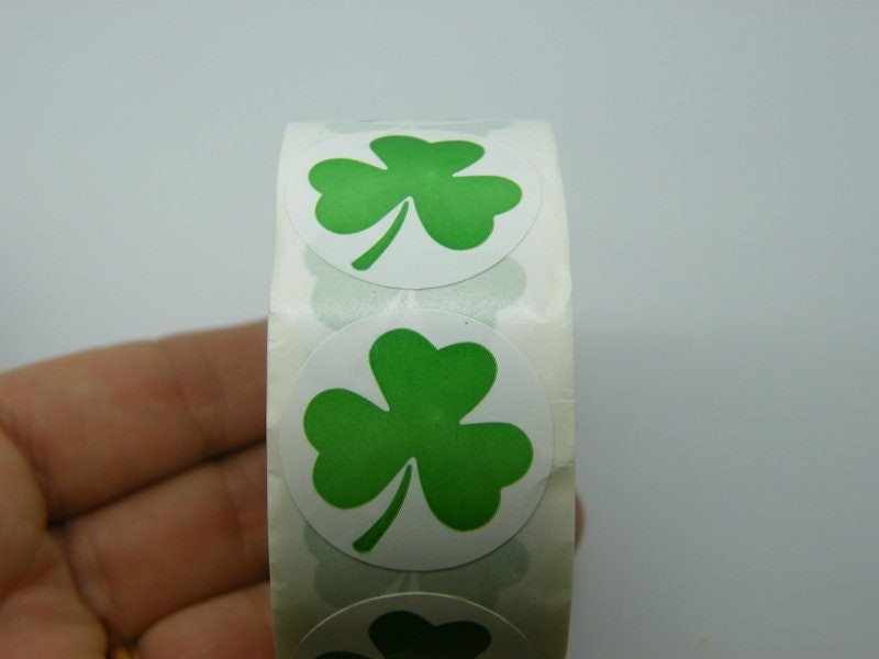 1 Roll 500 green clover stickers Style 6